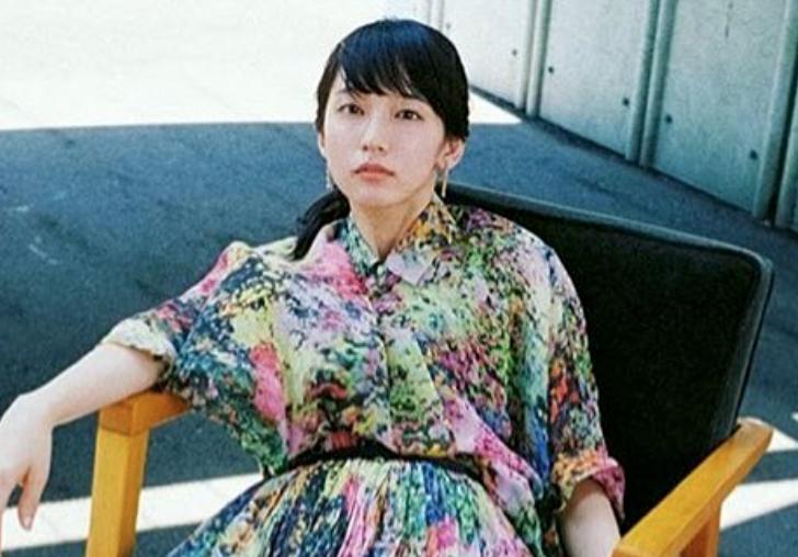 吉岡里帆の投げキス動画、成田凌との妄想デートカップルに次ぐ